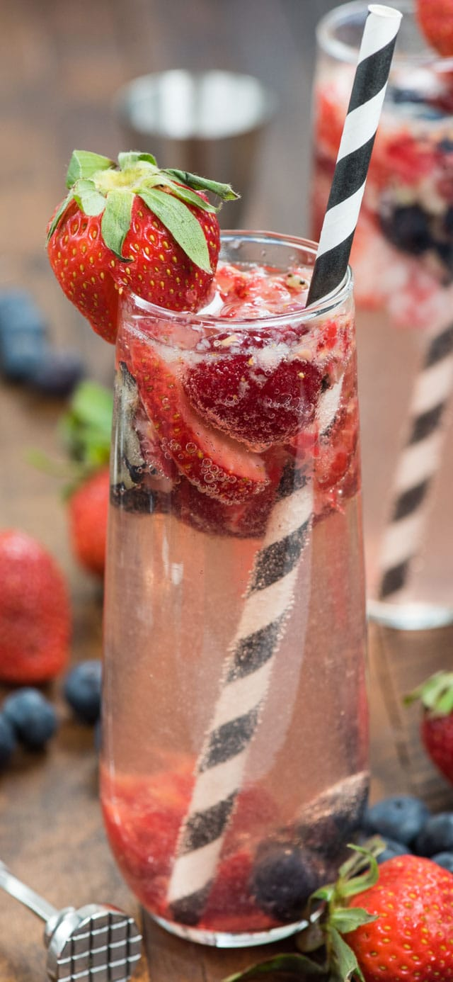 Berry bellini in stemless flute