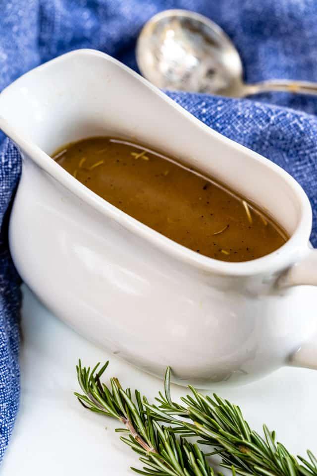 Homemade Brown Gravy Recipe | EASY GOOD IDEAS
